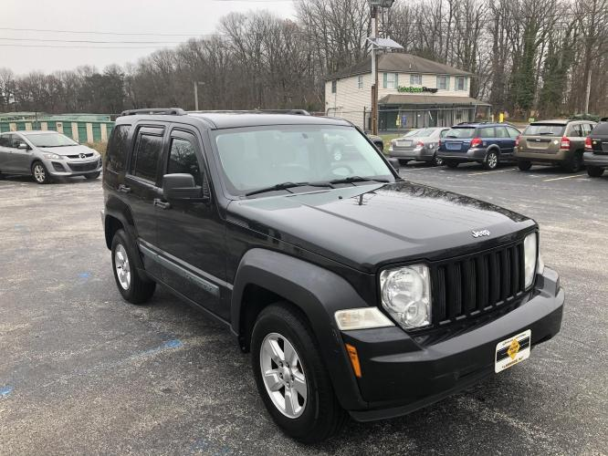 2010 Black Jeep Liberty (1J4PN2GK6AW) with an V6, 3.7 Liter engine, Automatic, 4-Spd w/Overdrive transmission, located at 341 N White Horse Pike, Lawnside, NJ, 08045, 888-696-1165, 39.855621, -75.027451 - Photo #0